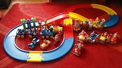 Lovely Noddy Bundle Including Track With Motorised Car Die Cast Cars And Figures