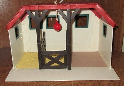 Empire Toys 2003 Grand Champions Feed Groom Horse Farm Stable Toy Used Play