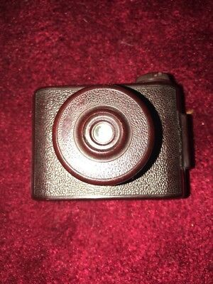 Rare Elliott Bakelite VP Twin Camera In Burgundy