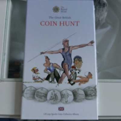 Royal Mint Coin Hunt olympic 50p album with full set coins & Completer medallion