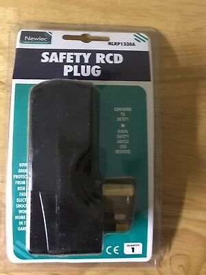 NEWLEC RCD SAFETY PLUG 13a RCD SAFETY PLUG MADE BY MASTERSEAL NLRP1330A RCD