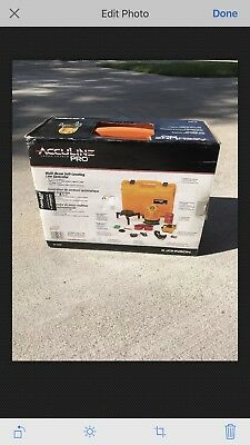 (JOHNSON) Acculine Pro Self-Level Laser Generator 40-6660  NEW IN BOX!
