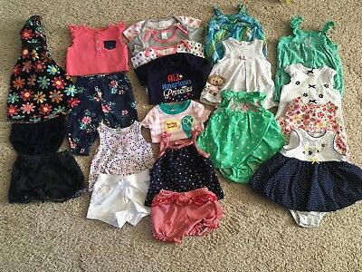 Lot Of Infant Girl Summer Clothes. Sizes 6 And 6-9 Month.