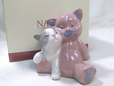 LLADRO/NAO Two sweet little Cats  ( A friend for cuddles)  BOXED