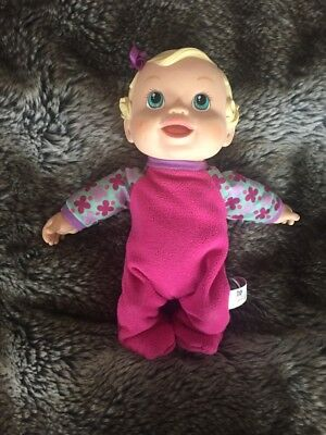 2009 Hasbro Baby Alive Doll - Giggles & Jumps Up and Down