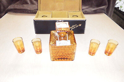 VERY RARE VINTAGE ROYAL CRAFT SCOTCH GIN DECANTER SET  Doctors first aid kit  !!