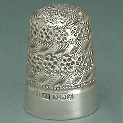 Vintage English Sterling Silver Blackberry Thimble * Hallmarked 1921