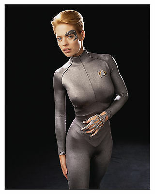 "--Star Trek ""Voyager""- (Seven Of Nine)-""Jeri Ryan"" Glossy 8x10 Photo"