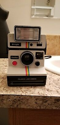 vintage polaroid one step q-light land camera sx-70 rainbow white