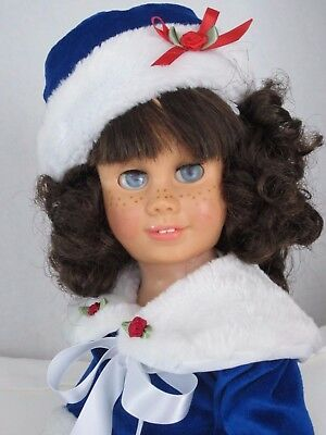CHATTY CATHY Brunette Pigtail EYELET PLUSH BLUE DRESS w/ FUR TALKS FREE SHIPPING