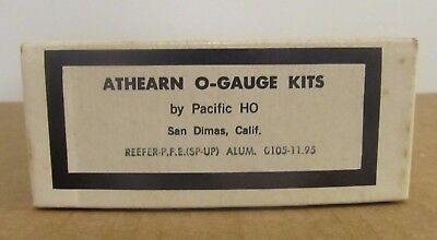 Vintage Athearn O-Gauge Kits by Pacific HO REEFER - P.F.E. (SP-UP) Alum. #0105