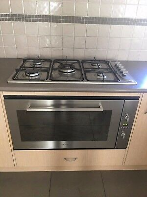 Stainless Steel electric wall oven!! Working well!!!