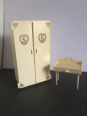 Vintage Sindy Doll Wardrobe Closet & Dressing Table Drawer Unit