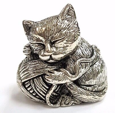 Collectable Victorian Style Kitten Holding Yarn Figurine 925 Sterling Silver