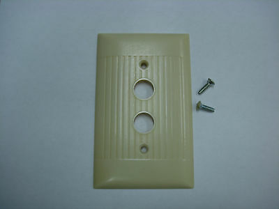 Vintage Sierra Uniline Ribbed Ivory Push Button Switch Wall Plate D-10