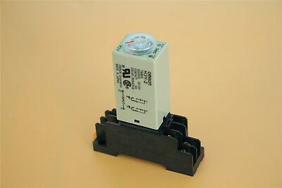 0-30S Second H3Y-2 Delay Timer Time Relay DC 12V W/ Base Socket