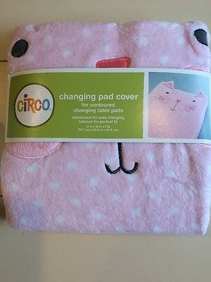 *New- Circo Cute Cat Changing Pad Cover for contoured changing table pad-Pink