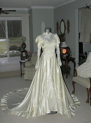 Vintage Princess Bride Victorian Wedding Dress Plays Theater Costume Gown