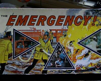 "Vintage "" Emergency "" Milton Bradley / John Sands board Game COMPLETE"