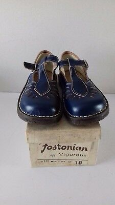 Vintage Pair Of Fostonian Children's Blue Shoes Size 10 With Original Box