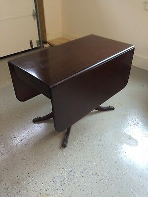 Vintage Duncan Phyfe Mahogany Drop Leaf Table