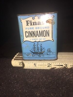 Vintage Cinnamon Tin:::: Finast: First National Stores Inc. Somerville MA
