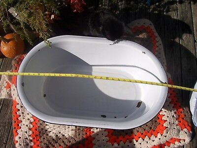 Vintage  Enamel Baby Bath Washtub Tub Basin Porcelain Yard Lawn Décor Planter