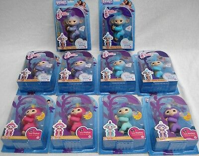 Fingerlings Baby Monkey Bella Pink English Edition