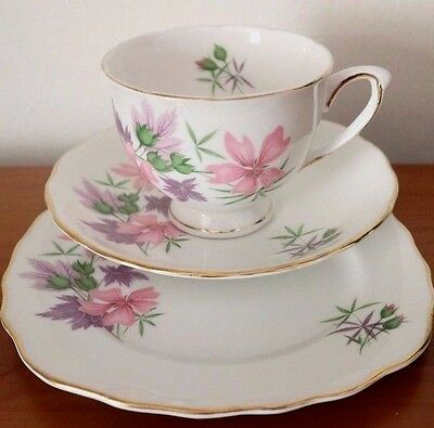 ROYAL VALE CHINA Pink Lilac Floral Gilding Lovely CUP SAUCER PLATE Trio TEA SET
