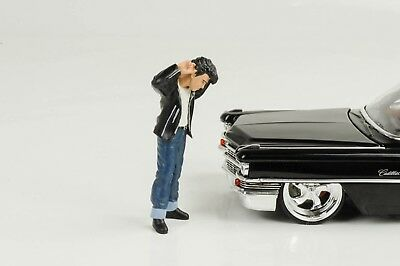 Greezerz 50er T-Bird Figure with Comb Figurines 1:24 FIGURINES AMERICAN DIORAMA