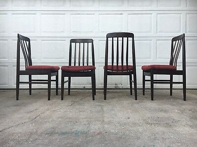 Set Of 4 Danish Modern Rosewood Dining Chairs In The Manner Of Benny Linden
