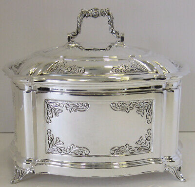 925 Sterling Silver Glossy Floral Chased Square Esrog / Jewelry Box 70238-0400