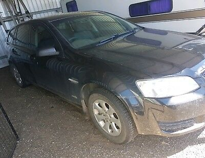 2010 VE omega commodore wagon *WRECKING*