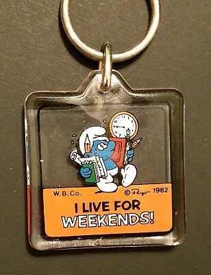 "Collectible Vintage Smurf Keychain ""I Live For Weekends"""