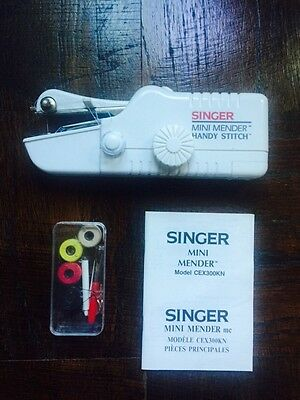 Singer Mini mender portable sewing machine model CEX300KN