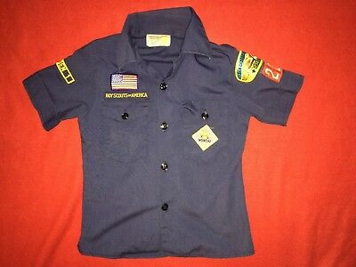 Boys  BSA  Scouting of America Blue  Short Sleeve  Size 8 with Patches