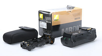 Original Nikon MB-D10 Multifunktionshandgriff Batteriegriff + OVP + Gut (217509)