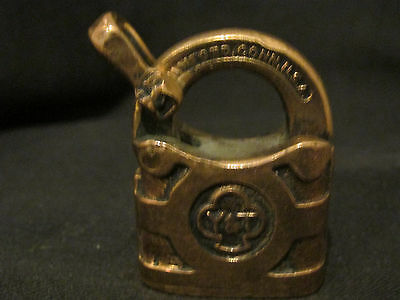 S38 antique brass padlock YALE& TOWNE MFG MEDFORD CT USA no key polished
