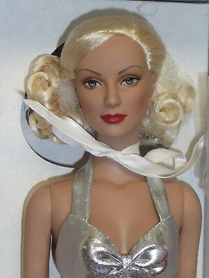 Robert Tonner Brenda Starr Silver Sensation Daphne New Mint in Box
