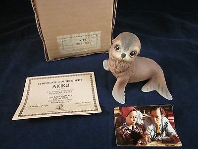 ROGER BROWN 1978 AKIKU Baby Seal Porcelain Figurine SIGNED ~ NEW in BOX