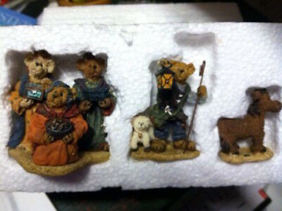 NIB Boyds Bears, BEARSTONE COLLECTION. BEARSTONE FOLLOWIN' YOUNDER STAR NATIVITY