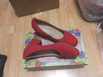 96cbf54e7a8 NWB Anthropologie Bitsie Suede Red Bilck Heel Shoes 6 by Jeffrey Campbell