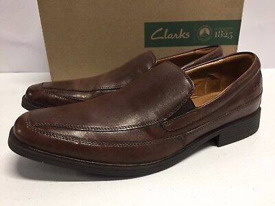 ae3971b81a3ad Clarks Mens Tilden Free Loafers