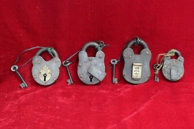 Old Handcrafted Antique Brass Iron Locks and Keys Set of 4 Collectible PW-75