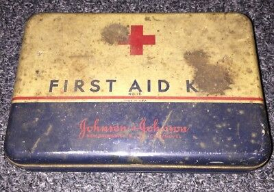 Johnson & Johnson First Aid Kit Tin No. 16 WWII 1940s Hinged Not Cleaned Medical