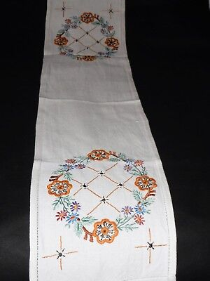 VINTAGE Long 44 inches Table Runner Embroidered Flower Centre Piece