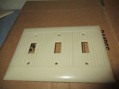 Vintage Bakelite Ivory Sierra light switch 3 gang Plate Cover Art Deco ribbed