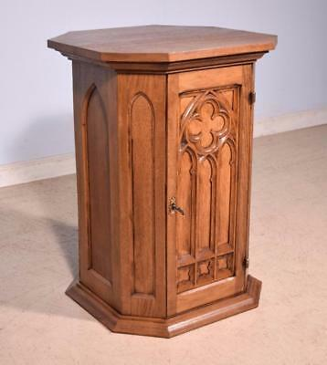 Vintage Gothic Revival Nightstand/End Table in Solid Oak