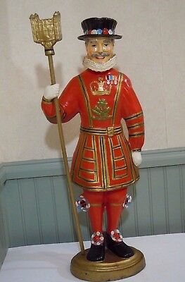 Large Vintage BEEFEATERS GIN ADVERTISING STORE FIGURAL DISPLAY- YEOMAN WARDEN