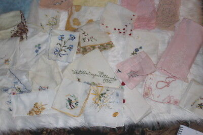 Gorgeous Lot Of Embroidery Vintage Hankies 25 Pc Excellent Cond